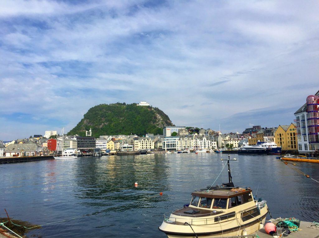 Норвегия Олесунн