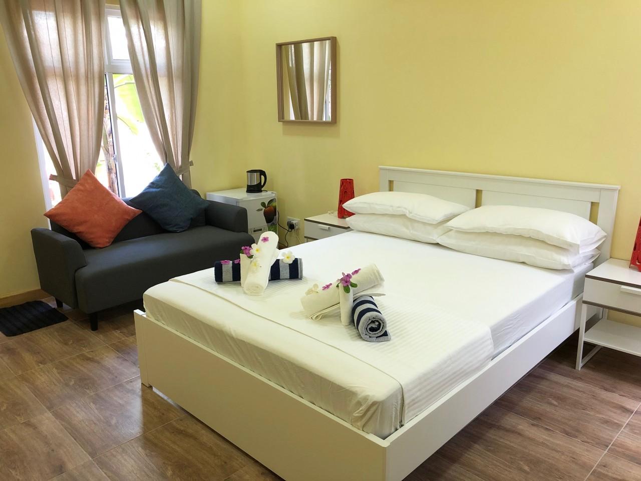 недорогие гостиницы на Мальдивах. 3heartsguesthouse, fulhadhoo